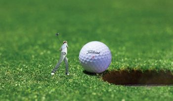 10 Tips of How To Clean Golf Balls At Home?
