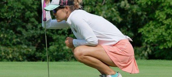 How Many Golf Balls Should I carry?